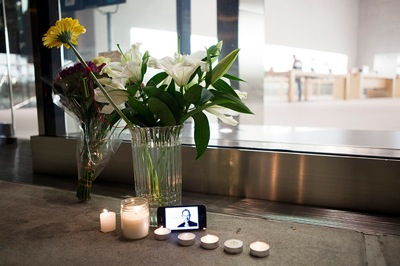 Sihirli elma steve jobs new york a bouquet of flo 010